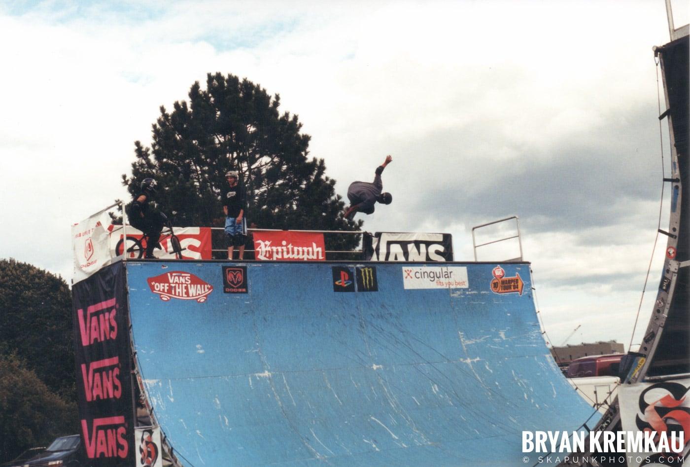 Skaters @ Vans Warped Tour, Randall's Island, NYC - 8.7.04 (8)