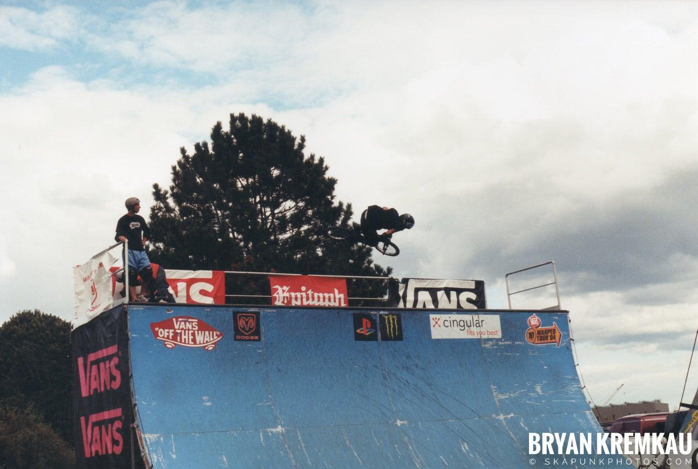 Skaters @ Vans Warped Tour, Randall's Island, NYC - 8.7.04 (7)