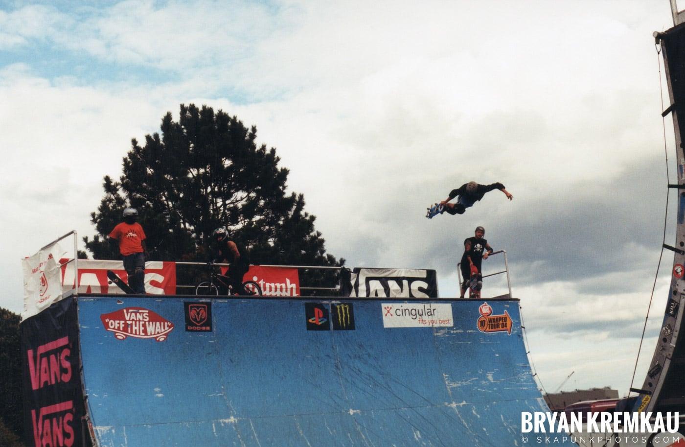 Skaters @ Vans Warped Tour, Randall's Island, NYC - 8.7.04 (6)