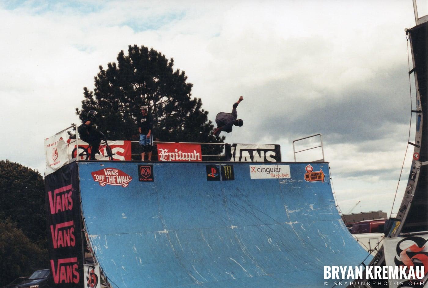 Skaters @ Vans Warped Tour, Randall's Island, NYC - 8.7.04 (5)