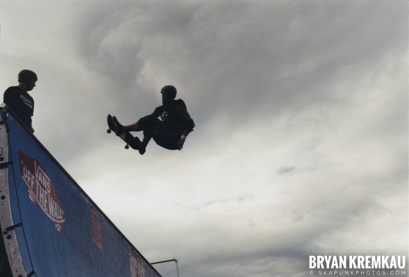 Skaters @ Vans Warped Tour, Randall's Island, NYC - 8.7.04 (1)