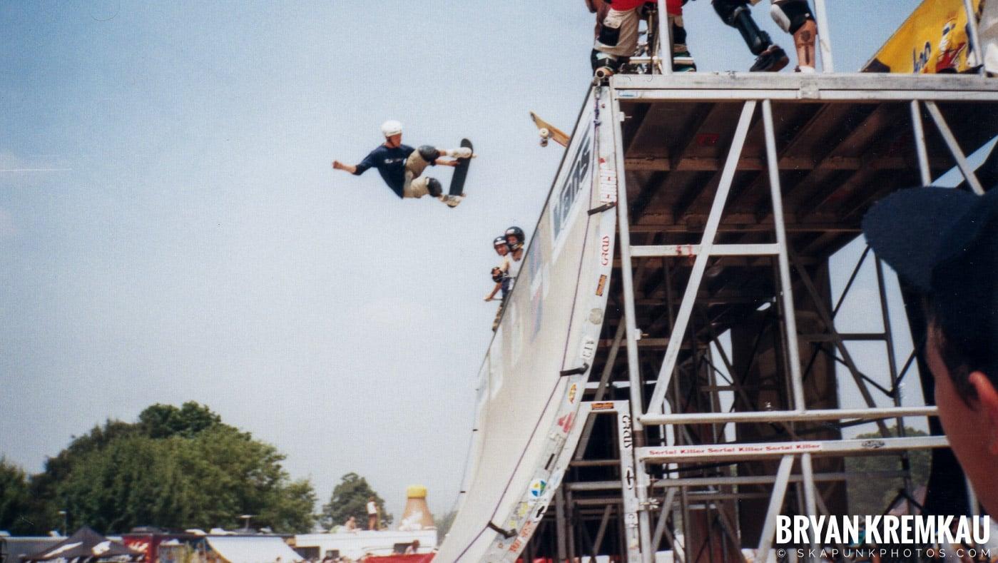 Skaters @ Vans Warped Tour, Randall's Island, NYC - 7.16.99 (16)
