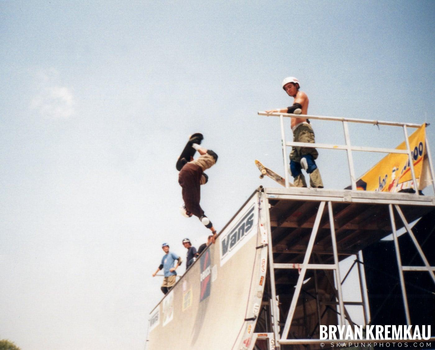Skaters @ Vans Warped Tour, Randall's Island, NYC - 7.16.99 (13)