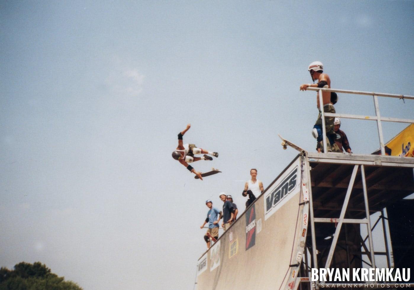 Skaters @ Vans Warped Tour, Randall's Island, NYC - 7.16.99 (12)