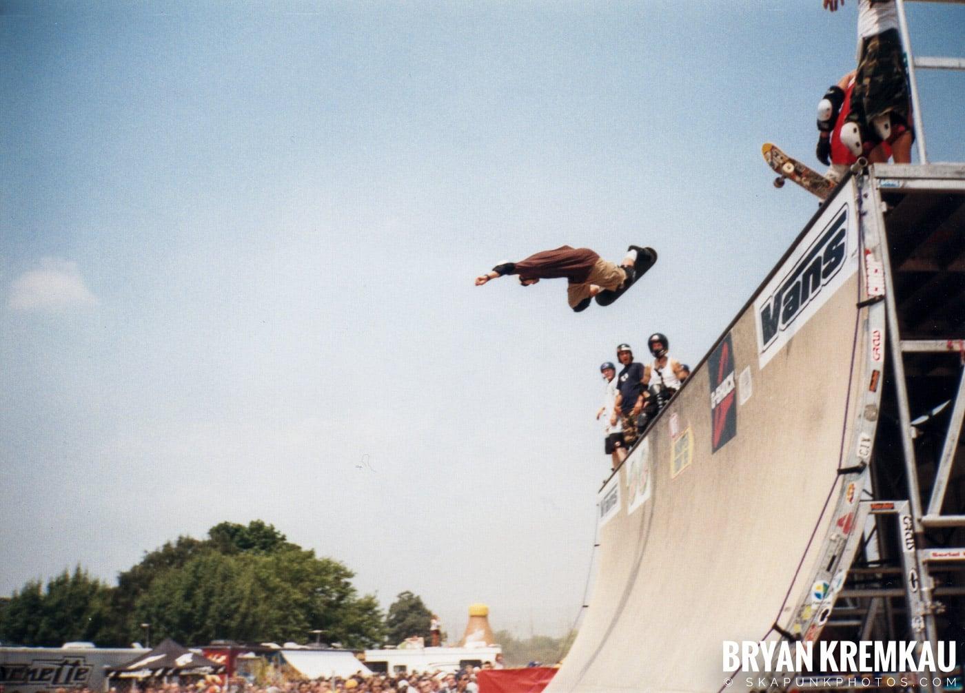 Skaters @ Vans Warped Tour, Randall's Island, NYC - 7.16.99 (9)