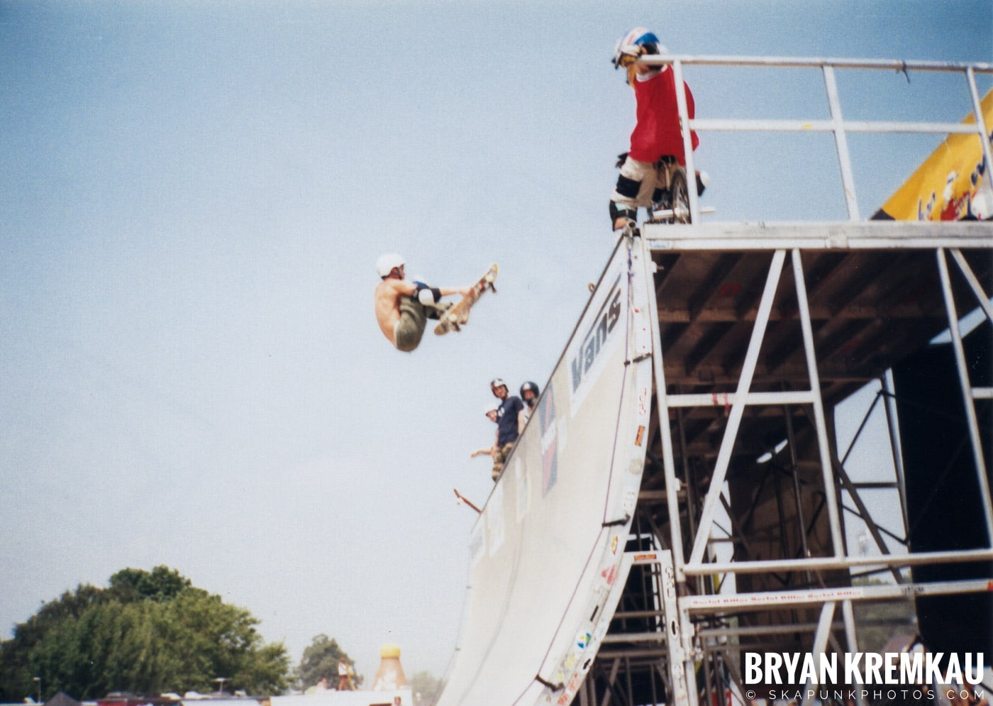 Skaters @ Vans Warped Tour, Randall's Island, NYC - 7.16.99 (5)