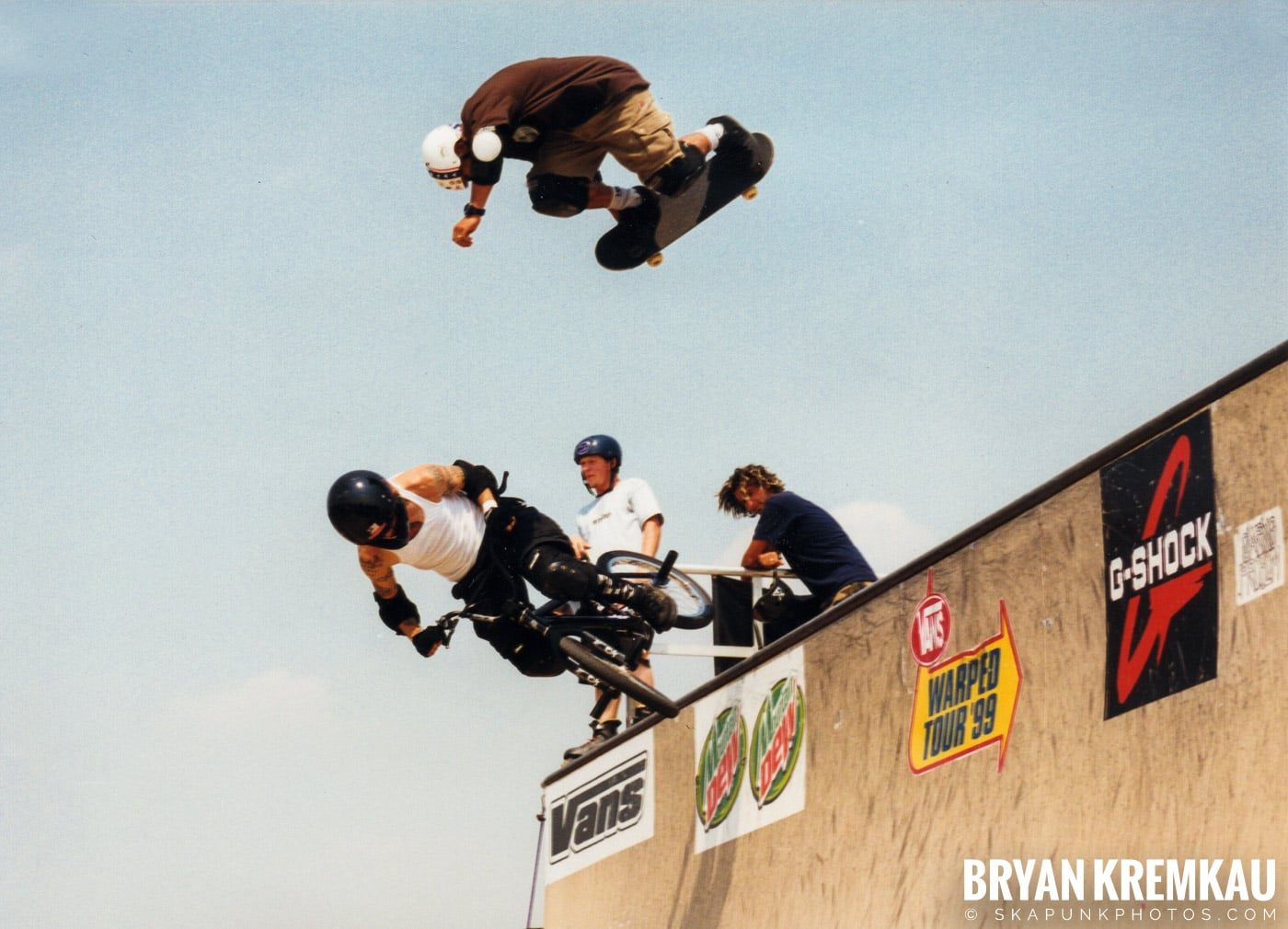 Skaters @ Vans Warped Tour, Randall's Island, NYC - 7.16.99 (4)