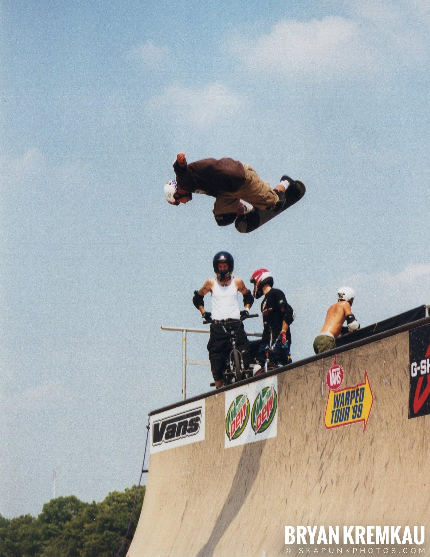 Skaters @ Vans Warped Tour, Randall's Island, NYC - 7.16.99 (2)