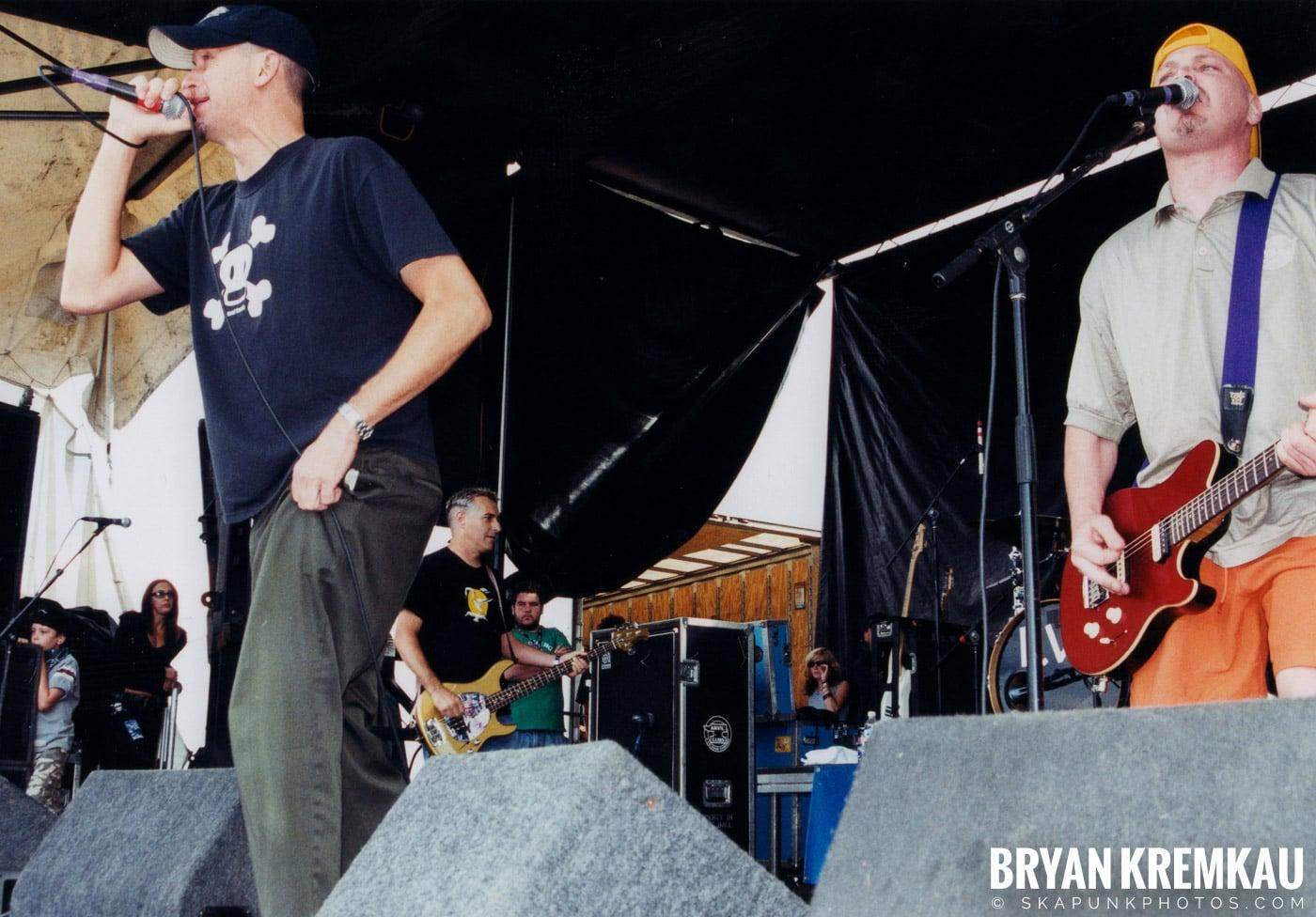 The Vandals @ Vans Warped Tour, Randall's Island, NYC - 8.7.04 (11)