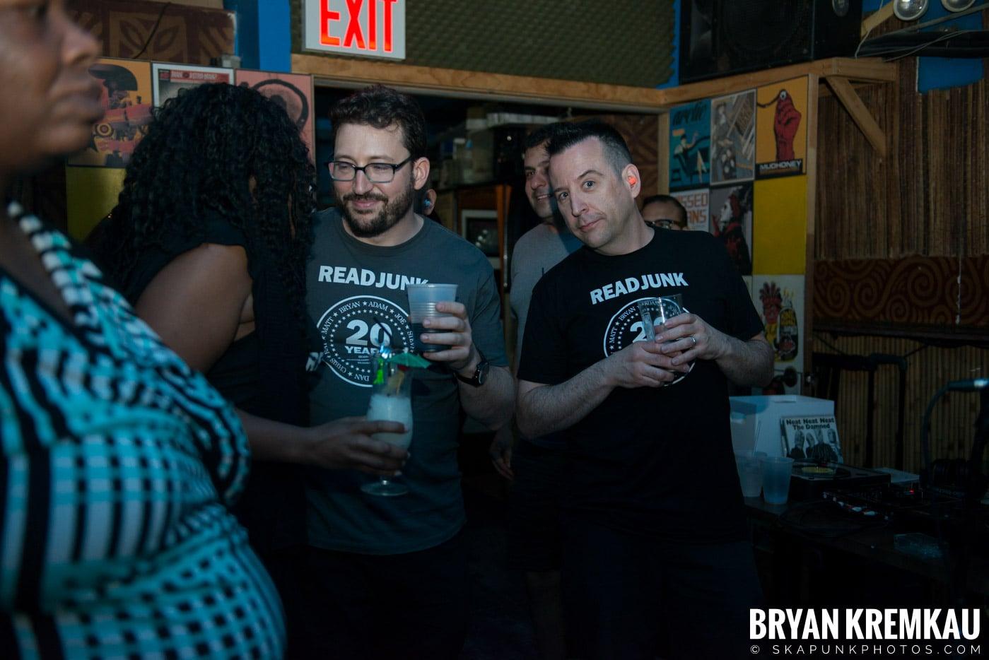 ReadJunk.com 20th Anniversary Party @ Otto's Shrunken Head, NYC - 4.29.17 (40)