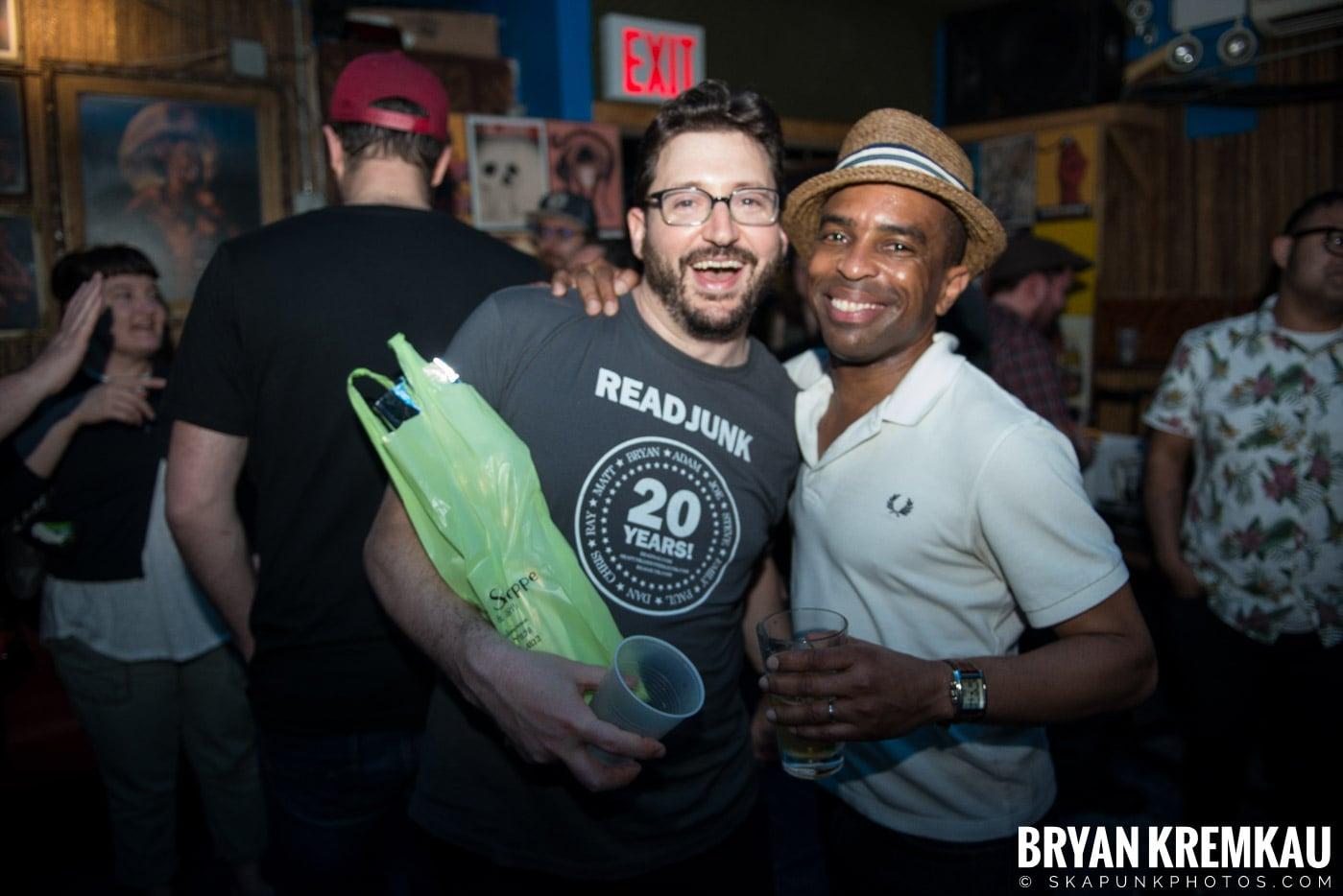 ReadJunk.com 20th Anniversary Party @ Otto's Shrunken Head, NYC - 4.29.17 (34)
