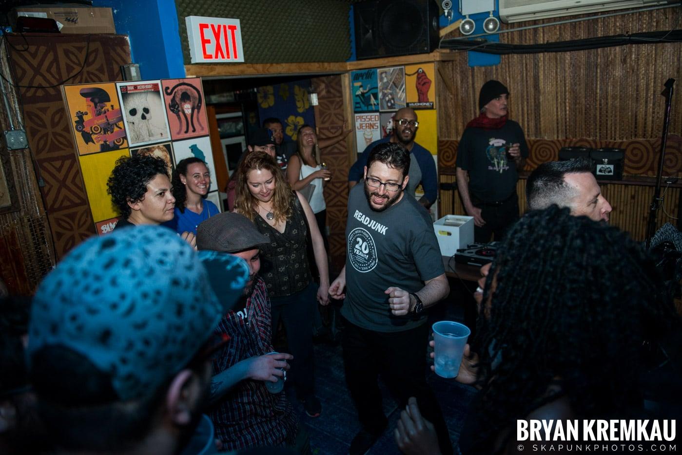 ReadJunk.com 20th Anniversary Party @ Otto's Shrunken Head, NYC - 4.29.17 (17)