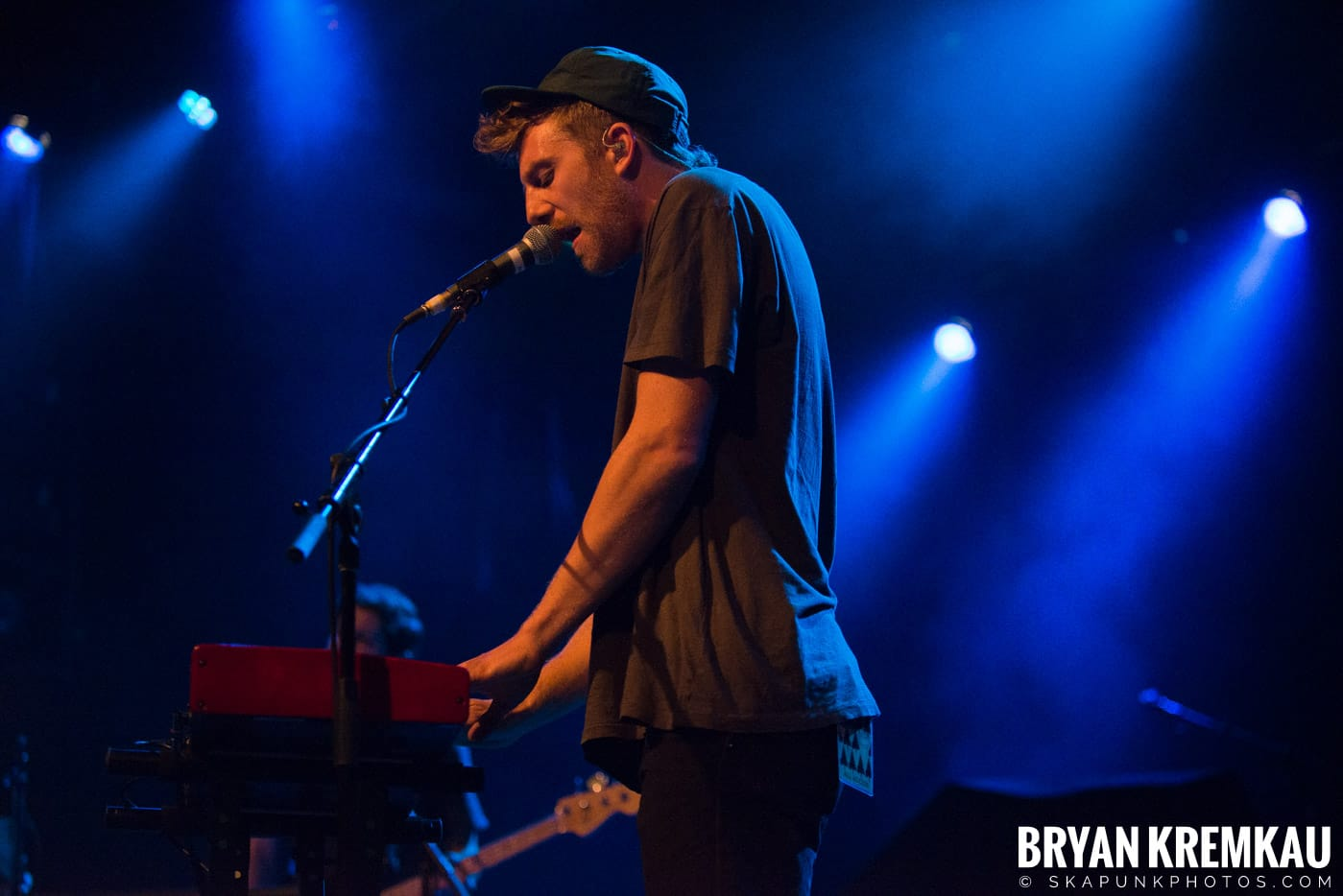 Andrew Belle @ Playstation Theater, NYC - 3.15.18 (11)