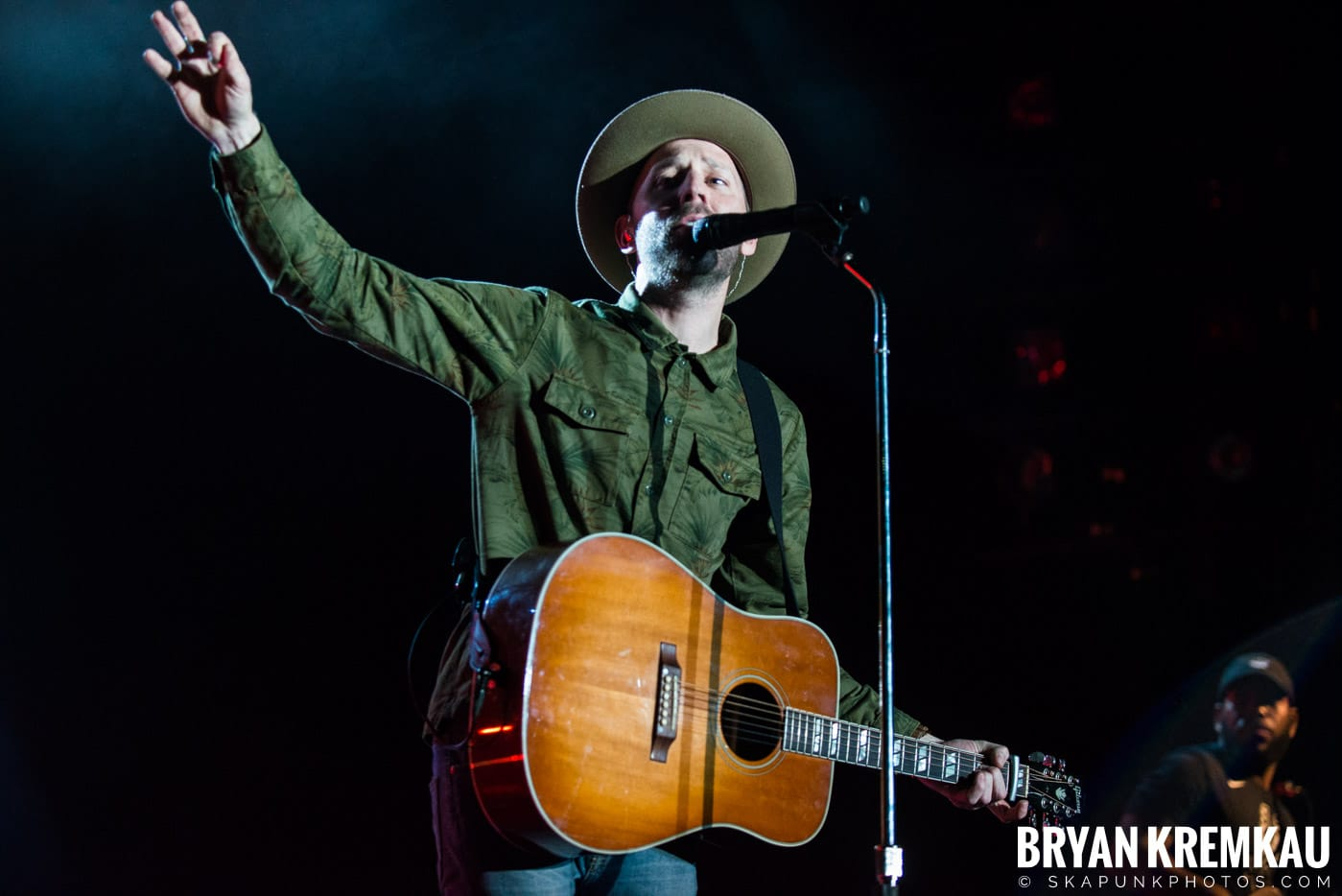 Mat Kearney @ Playstation Theater, NYC - 3.15.18 (18)