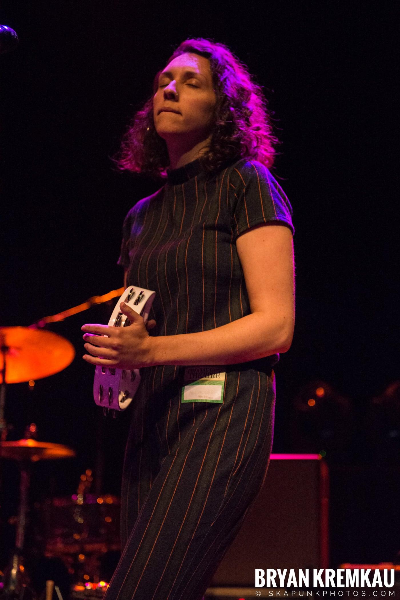 Emma Hern @ Gramercy Theatre, NYC - 11.2.18 (11)