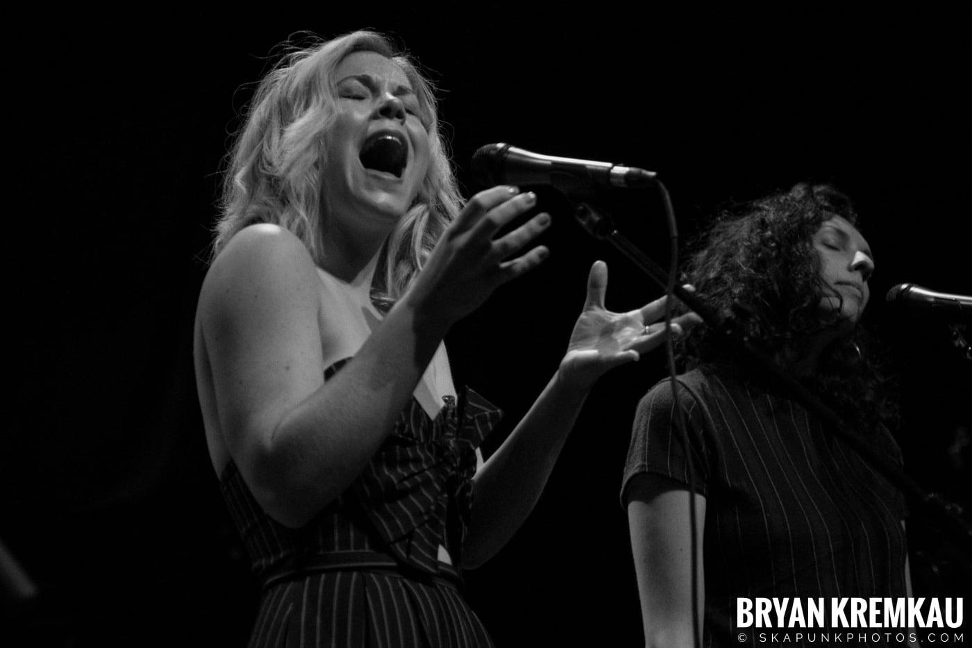 Emma Hern @ Gramercy Theatre, NYC - 11.2.18 (7)