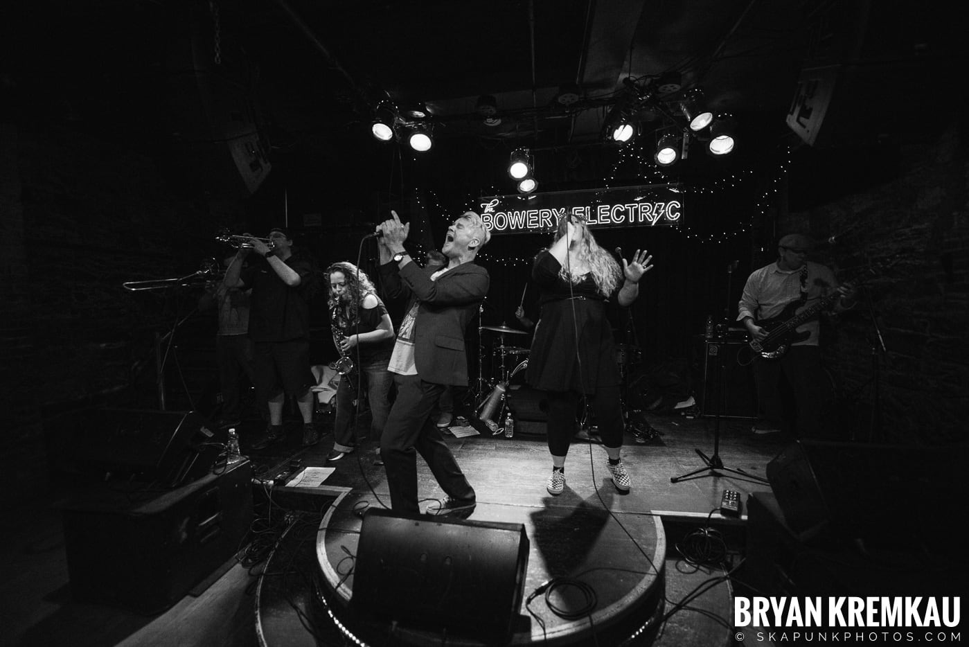 Thirteen Towers @ Bowery Electric, NYC - 11.17.18 (13)