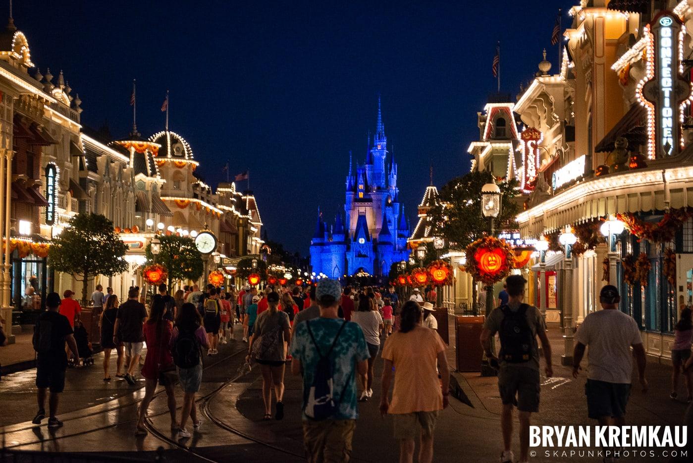 Walt Disney World Vacation: Days 1 & 2 (Disney Springs & Magic Kingdom, Epcot) September 29th - 30th 2019 (29)