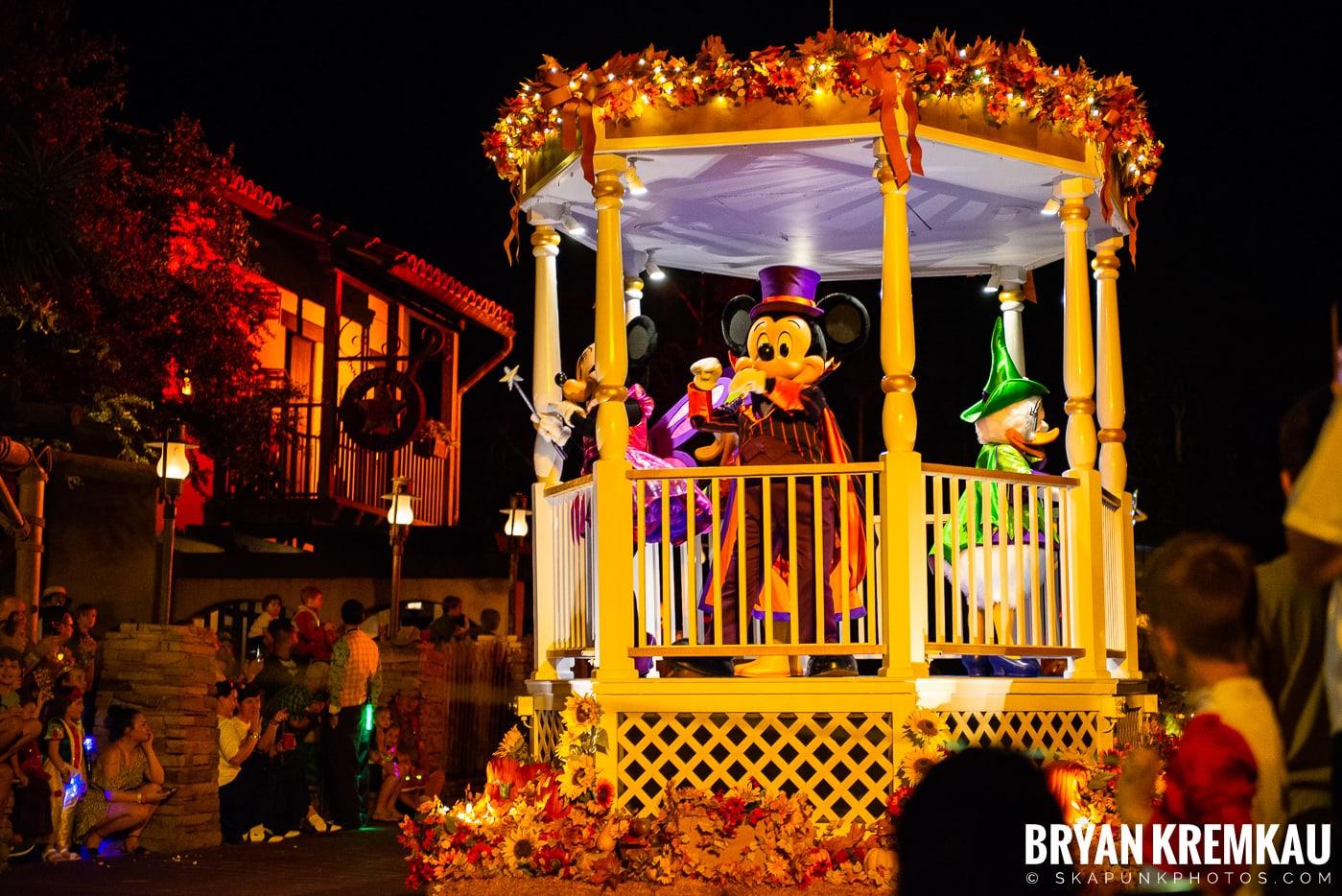 Walt Disney World Vacation: Day 3 (Disney's Hollywood Studios / Magic Kingdom) October 1st 2019 (30)