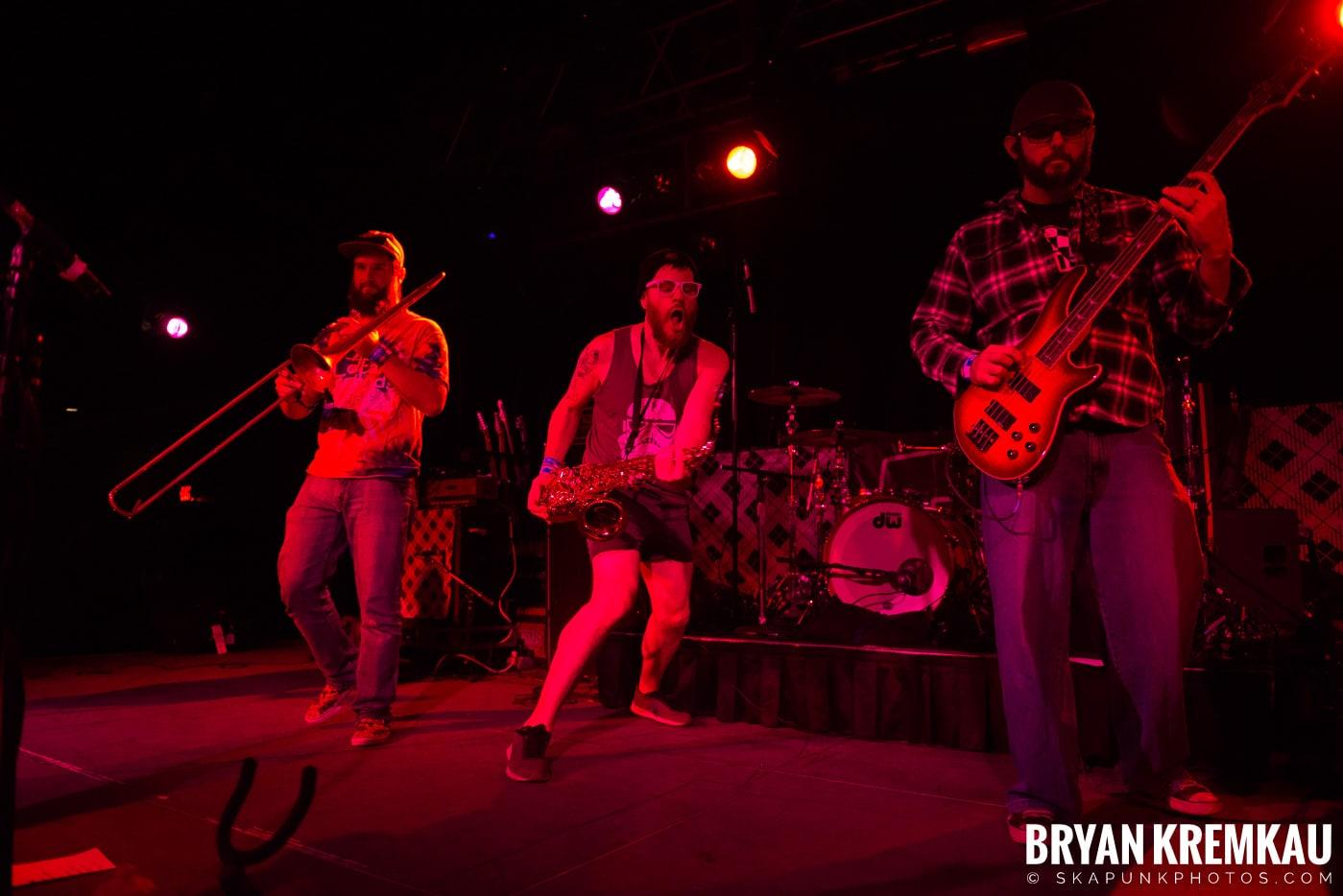 Backyard Superheroes @ Skanksgiving, Starland Ballroom, Sayreville, NJ - 11.30.19 (52)