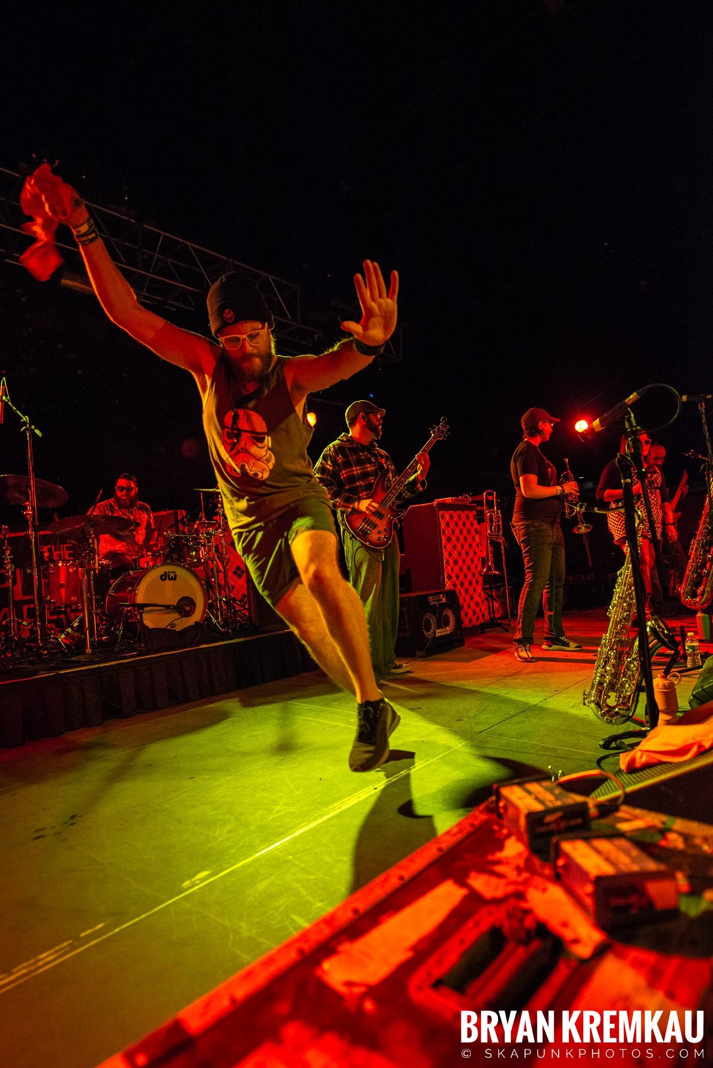 Backyard Superheroes @ Skanksgiving, Starland Ballroom, Sayreville, NJ - 11.30.19 (3)